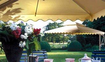 Солнцезащитные зонты, солнцезащитный зонт, навесы, маркизы, солнцезащитные конструкции, для кафе, купить, продажа, заказать в Киеве, Украина.