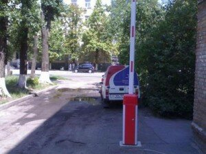 Автоматический шлагбаум с телескопической стрелой 3,5-6 м. г.Киев